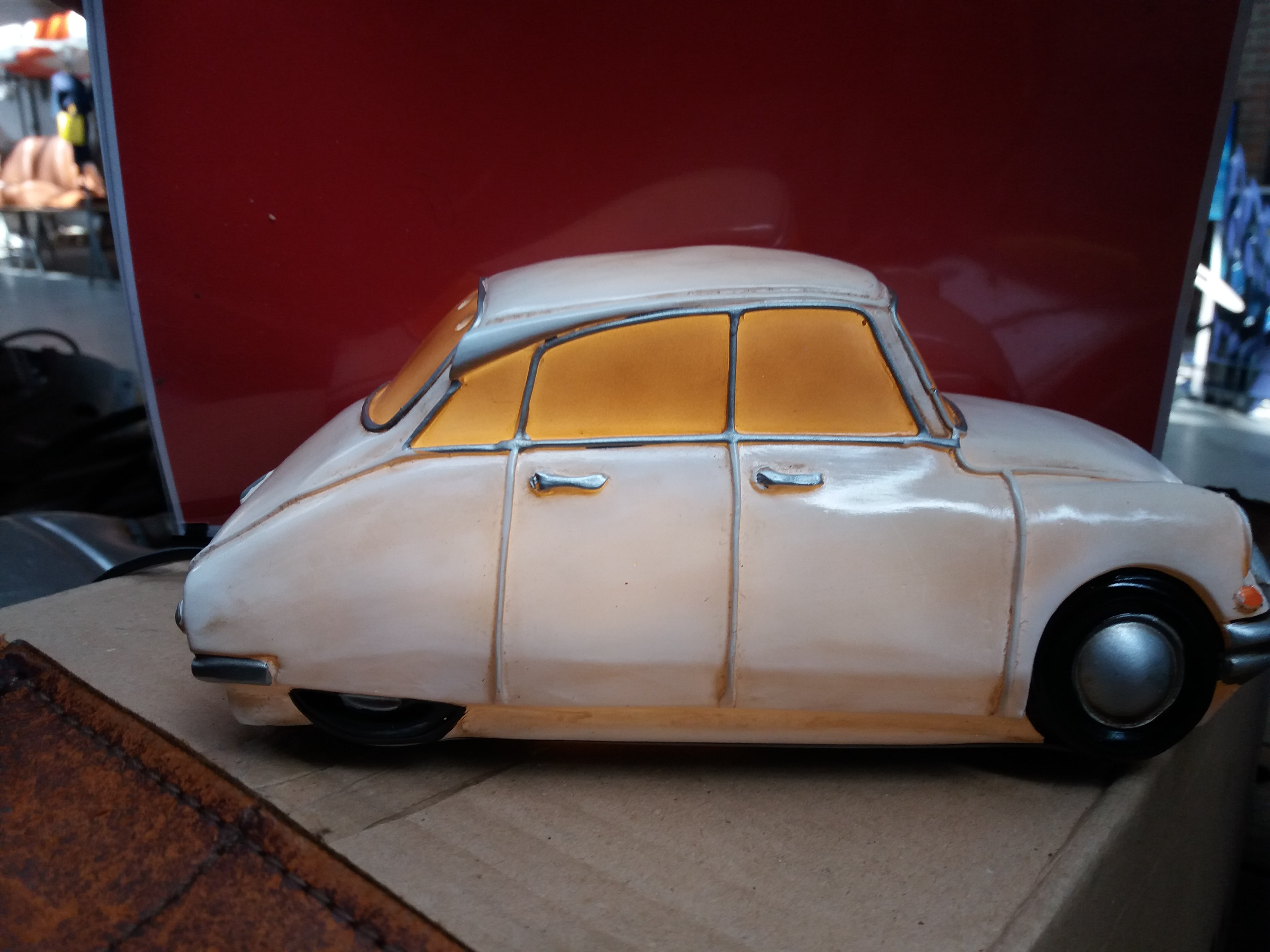 Ds nachtkast lamp citroen id ds club for Nachtkast lamp